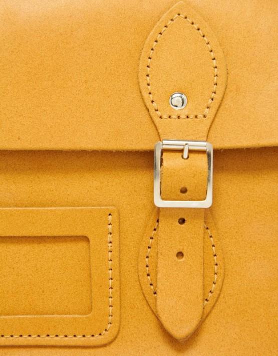 Autumn Tan Detail